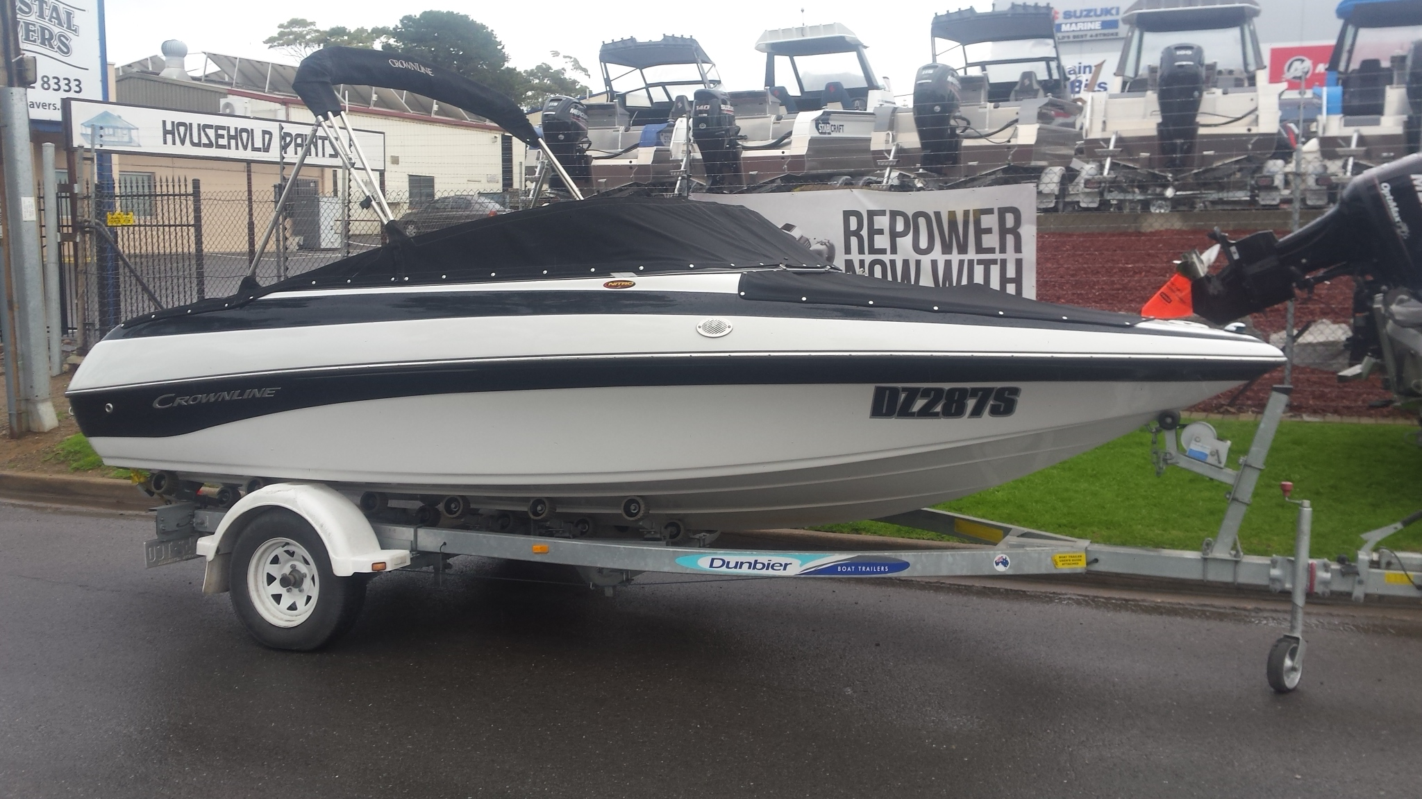 2011 Crownline 18SS Bowrider